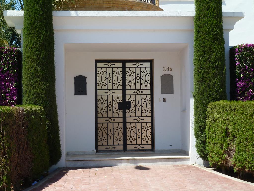 Portes travaux thermiques fr for Porte entree fer forge villa